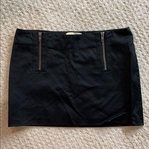Elizabeth and James Black mini skirt